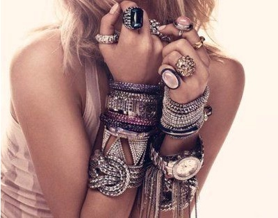 Stacked bracelet trend how-to