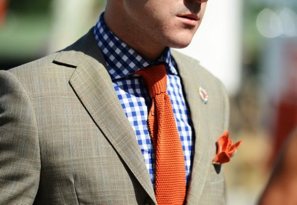 gingham-shirt with tie