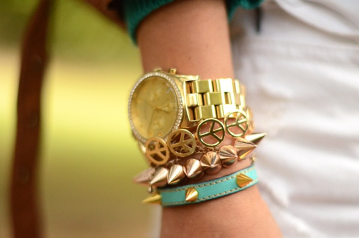 stacked-bracelets-look2