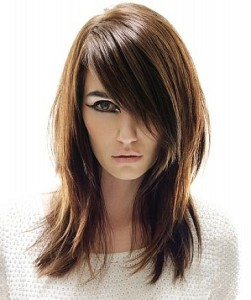 straight medium length hairstyle2